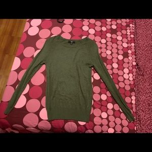 Sweaters - Olive green crew neck sweater